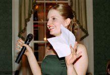 Lectura de hermana del novio en boda