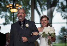 Padre e hija en la boda